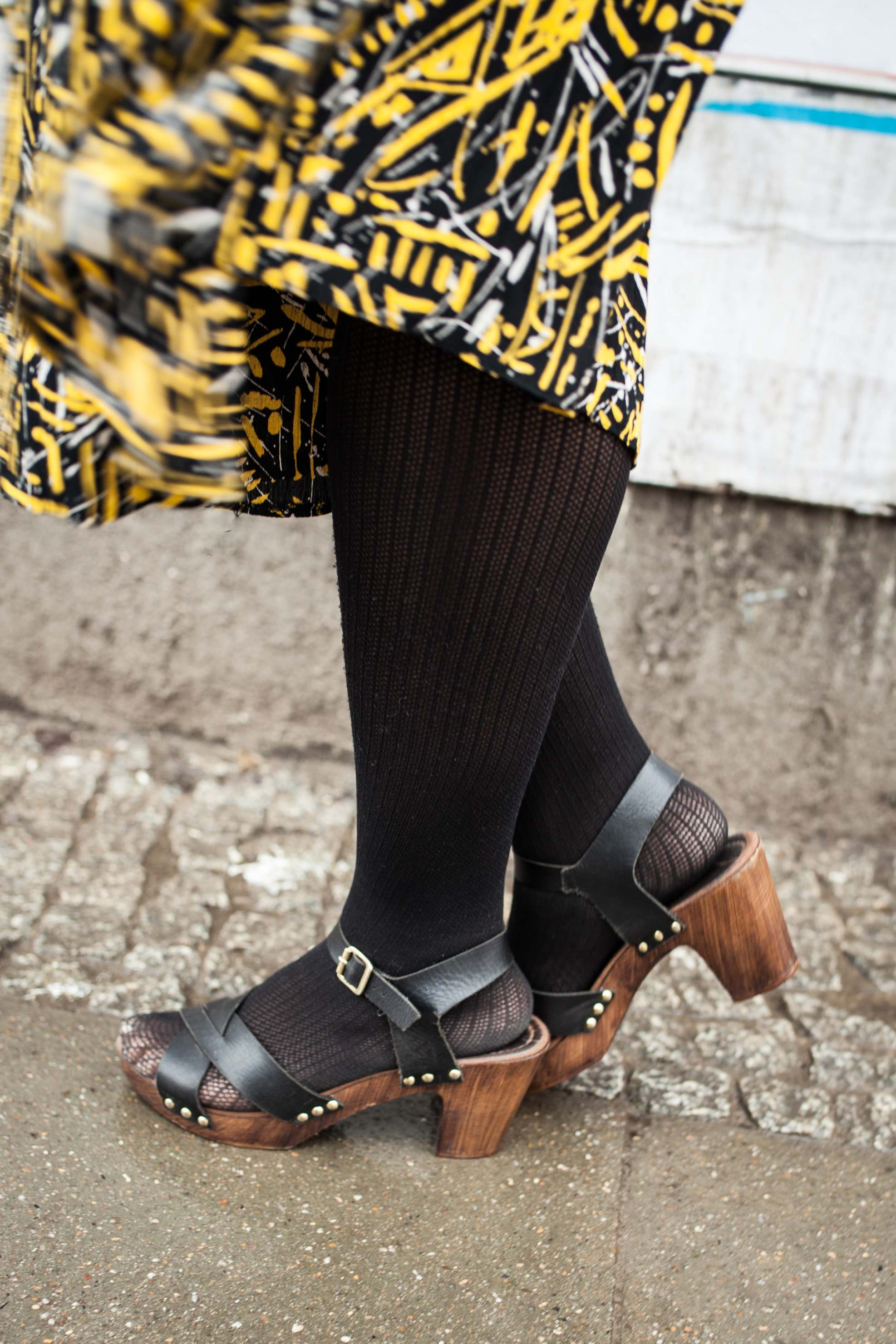 shoes with tights